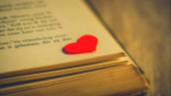 Evie Alexander blog - on why I write Romance novel - Featured Image